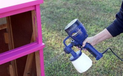 DIY Guide to Spray Paint Kitchen Cabinets under 100 Dollars