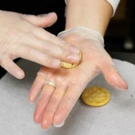 ritz cracker roll out peanut butter