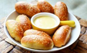 Cách tăng cân bằng sữa đặc kèm bánh mỳ