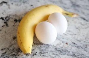 Trị nám da bằng chuối và lòng trắng trứng gà
