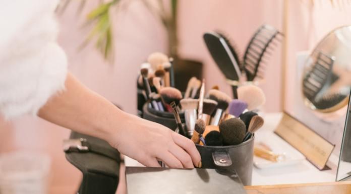 Alat makeup alat make up