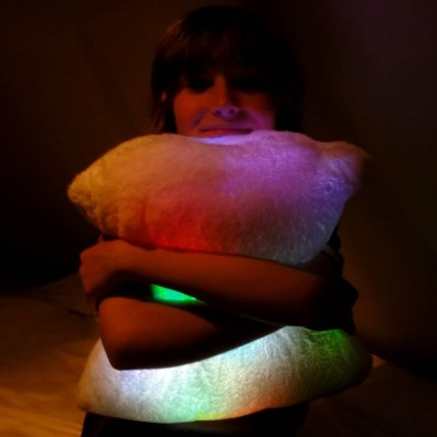 colour-changing-moonlight-cushion-[3]-1028-p