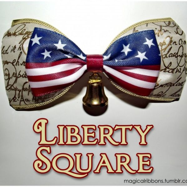 Liberty Square Bow