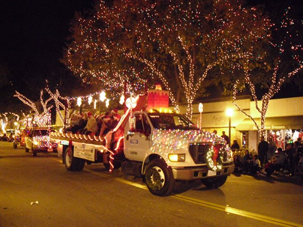 Annual Montrose-Glendale Christmas Parade