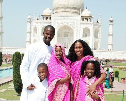 black travel bloggers