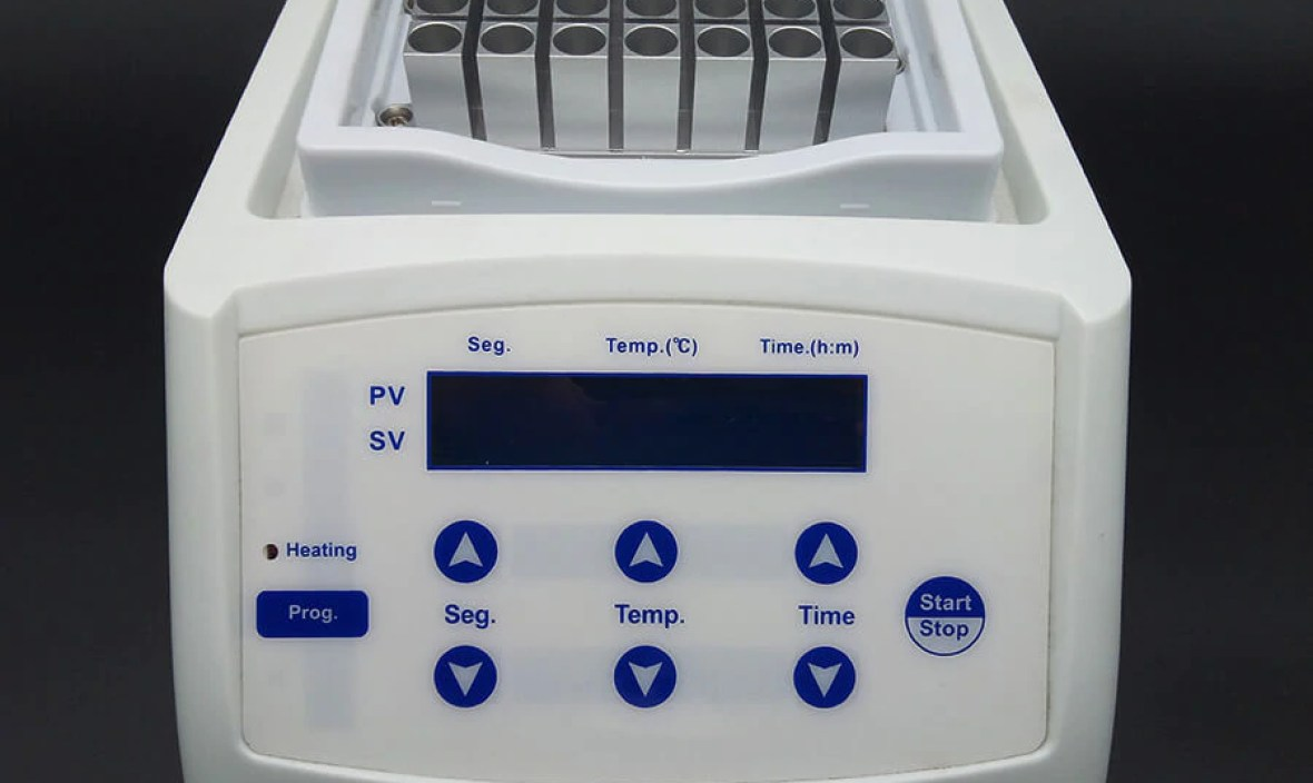 Heating Dry Bath Incubator Lab Equipment Digital Medical Instruments Laboratory Thermostatic Devices Above Ambient 5-100 Degree