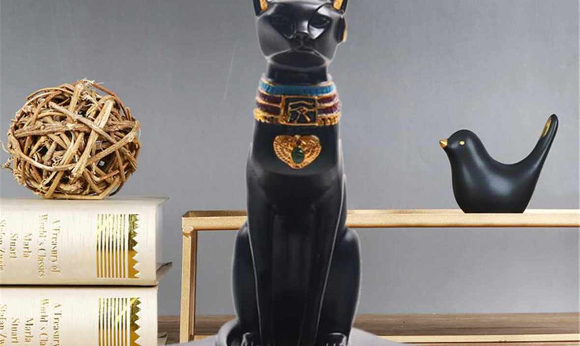 Ancient Egypt Bastet Cat Goddess Statue With 2 Tea Light Candle Holders Burner Resin Retro Candle Holder Art Collection