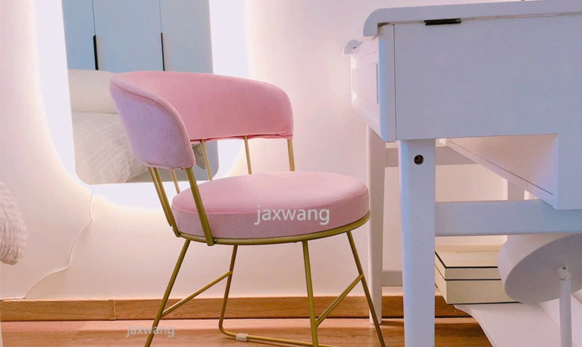 Nordic Luxury Dining Chair Sofa Customizable Nail Makeup Chairs Coffee Chair Home Designer Wrought Iron Home Study Bedroom Chair