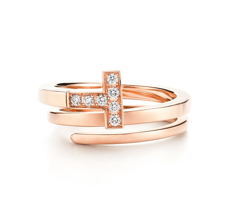 Bague Tiffany T Wrap en or rose et diamants, Tiffany & Co. 2 850 €