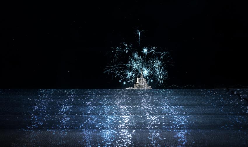 Tout l'esprit de Noël : magie et beauté. Vous trouverez chez Tiffany la magie qui fera étinceler son monde.