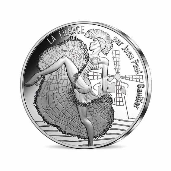 10 € Paris Capitale. Jean Paul Gaultier met en exergue le symbole d'un Paris festif, un peu fou… Le Moulin Rouge et ses affriolantes danseuses repeintes version Punk Cancan !