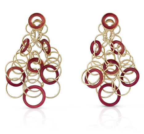 Buccellati, collection Hawaii, pendants d'oreille en or jaune et cornaline.
