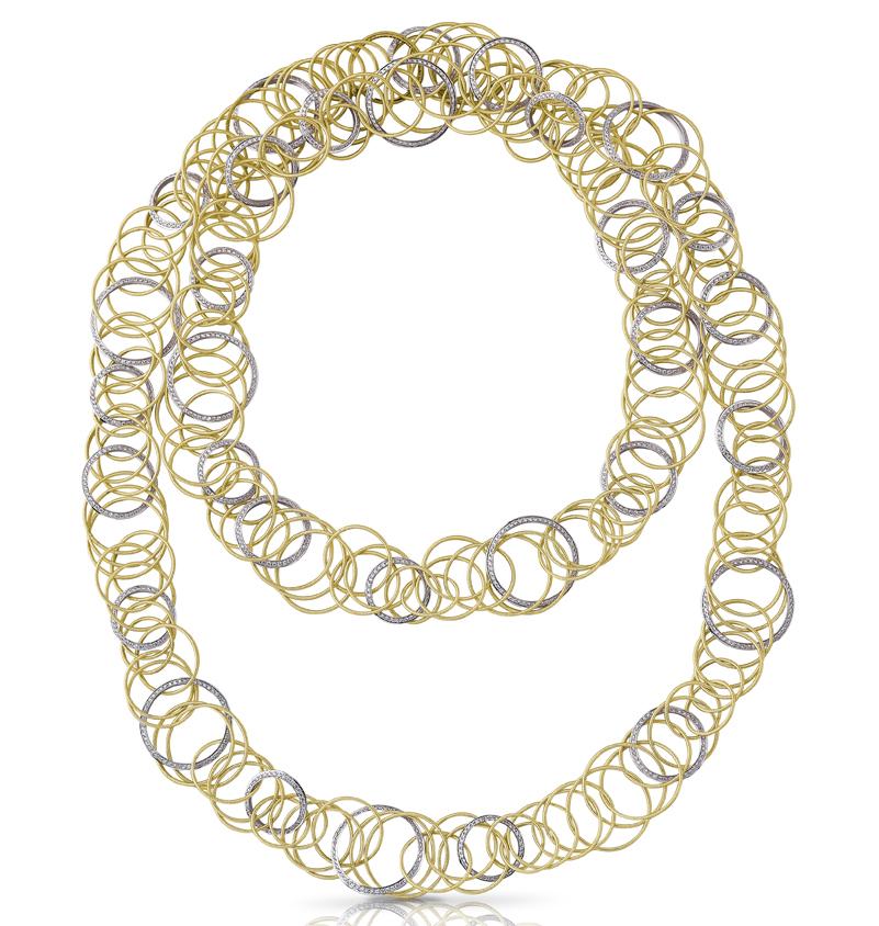 Buccellati, collection Hawaii, sautoir en or jaune entrelacé de cercles en or blanc pavés de diamants.