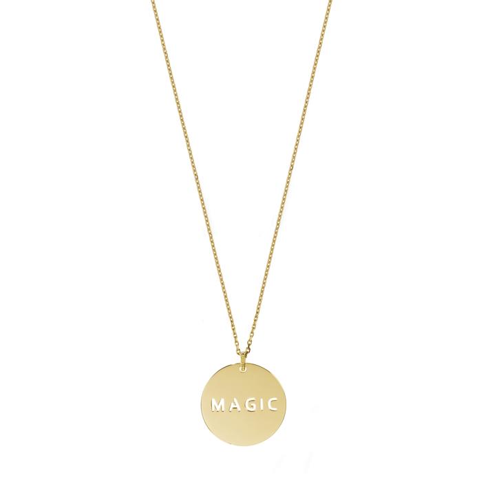 En avant-première, la nouvelle collection de Médailles signées Laura Sayan Jewelry en or jaune et diamants… Ici Magic. Disponible fin janvier- début février.