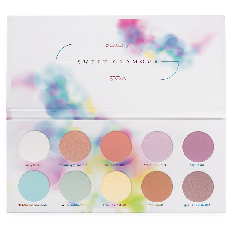 La ZOEVA Sweet Glamour Palette de fards à paupières offre des teintes pastels hautement pigmentées, mates et irisées telle que la pêche délicate, le doux lilas, le bleu ciel et le vert tendre… un délice ! En vente chez Sephora.
