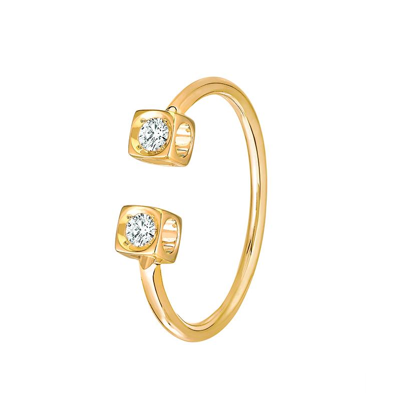 Bague Le Cube Diamant en or jaune et deux diamants, 1040 €