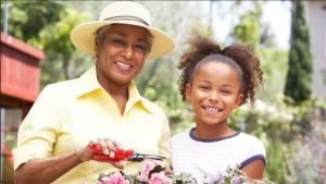 Making Memories by Gardening With The Family. Photo via Fox News, Eight Fall Gardening Tips.
