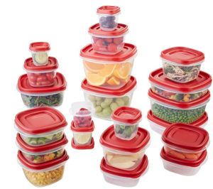 The Rubbermaid Easy Find Lids stack together or affix to the bottom of the containers, a sensibly designed set.