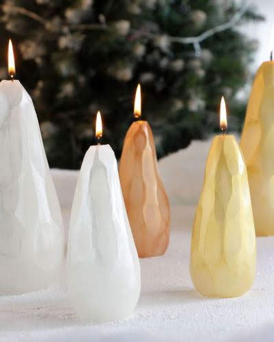 With gem-like faceted carving, these glimmering metallic and pearlescent Pear Candles offer both traditional and modern vibes to your holiday decor. Museumoutlets.com