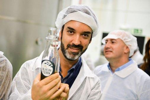 oliveira-da-serra-mostra-como-se-faz-azeite-na-herdade-do-marmelo_2