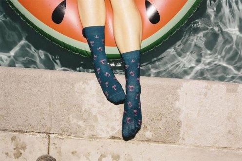 happy-socks-abraca-espontaneidade-do-verao_1