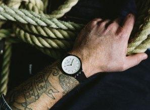 Swatch_SKIN_lifestyle_2674_Web