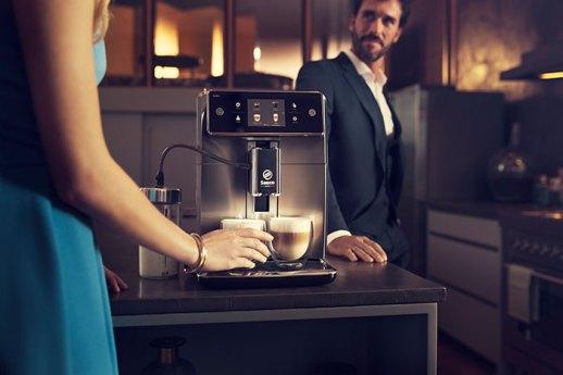 Philips-Máquina-de-café-Saeco-Xelsis-SM7580-Lifestyle07