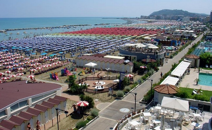 cattolica-beach