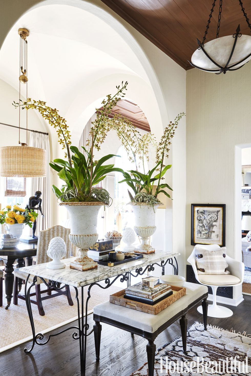 Wicker Dining Chair Foyer Butler S Pantry Ideas Spanish