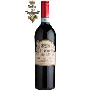 Hương thơm rượu ngọt ngào và đậm đà của các loại trái cây chín muồi như mận, đào và ô liu Mùi vị: Rượu có hương vị hoa quả đặc trưng và lôi cuốn.