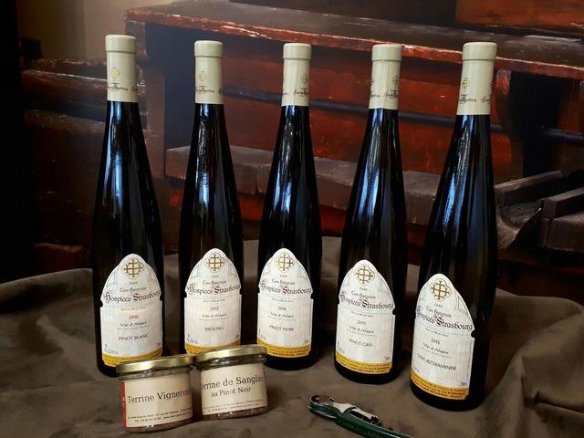 Phương pháp trị bệnh thú vị bằng rượu vang ở Pháp