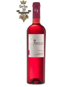 Rượu Vang Chile Hồng G7 Merlot Rose có mầu hồng đậm. Hương thơm tinh tế và phức tạp của quả mâm xôi, quả dâu tây và cánh hoa hồng