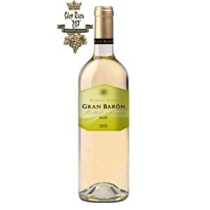 Rượu Vang Tây Ban Nha Gran Baron Blanco Suave Có mầu vàng nhạt ánh xanh. Hương thơm từ quả bưởi, cam, chanh