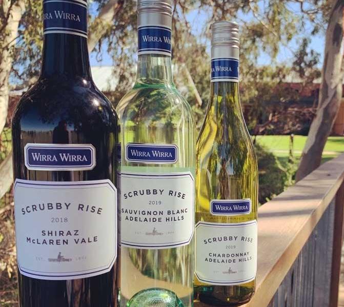 Rượu vang Úc Wirra Wirra Adelaide Chardonnay ung tỏa trong khoang miệng của bạn một cách đầy chân thực