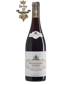 Bourgogne Gamay Albert Bichot có mầu đỏ đậm đặc. Hương thơm của anh đào, hoa hồng, hoa cẩm chướng.