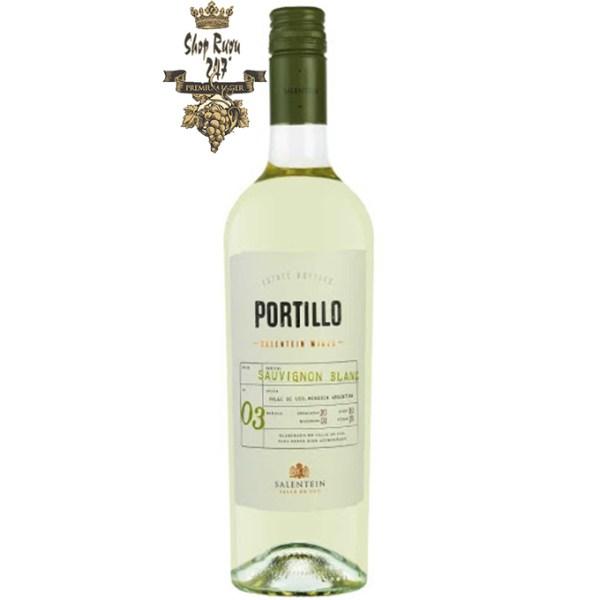 Portillo Sauvignon Blanc Salentein có mầu vàng ánh xanh. Hương vị của trái cây của các loại hoa quả đào trắng và bưởi hồng
