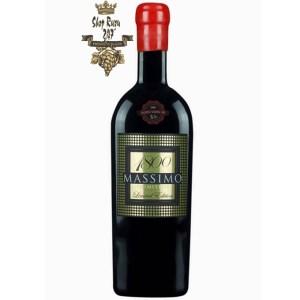 Rượu Vang Đỏ Massimo 1800 Limited Edition 18 độ có mầu đỏ đậm sâu. Là một chai rượu vang 18 độ rất đặc biệt làm từ giống nho nổi tiếng