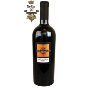 Rượu Vang Đỏ Salice Salentino Riserva Conte di Campiano có mầu đỏ với phản xạ garnet. Hương thơm mạnh mẽ và dễ chịu