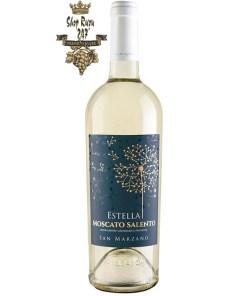 Rượu Vang Trắng Estella Moscato Salento IGP có mầu vàng rơm với phản xạ xanh lá cây tươi sáng. Hương thơm của các loại hoa, trái cây tươi kì lạ và mật ong