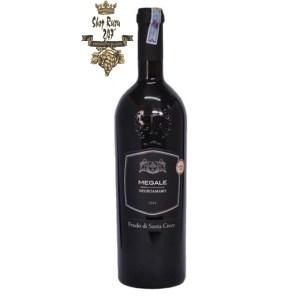 Rượu Vang Đỏ Megale Negroamaro Old Vines (New Label) có mầu đỏ ánh tím tuyệt đẹp. Hương thơm của trái cây, nho khô, dâu tây. Hương vị của quả cherry, kem.