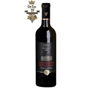Rượu Vang Đỏ Cuvee Privee Du Chateau Malartic Lagraviere có mầu đỏ ruby sâu đậm. Hương thơm tươi mát của hoa quả