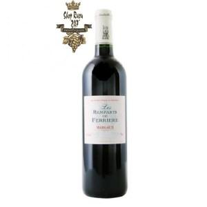 Rượu Vang Đỏ Pháp Les Remparts de Ferriere Chateau Ferriere là sự kết hợp hoàn hảo của 2 giống nho Merlot và Cabernet Sauvignon