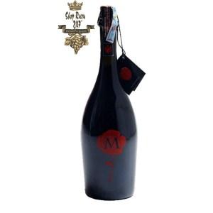Rượu Vang Đỏ Sủi Bỏ Hoa Hồng M Marzemino có mầu đỏ đẹp mắt. Hương thơm quyến rũ đầy đặn của hoa quả chín. Đây là chai rượu đã được nhà sản xuất tạo ra dành cho những người phụ nữ
