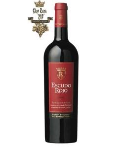 Vang Chile Baron Philippe de Rothschild Escudo Rojo Red là sự pha trộn hương vị của hai giống nho nổi tiếng, tiêu biểu của vùng nho Maipo Valley