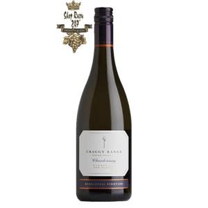 Rượu vang New Zealand Craggy Range Chardonnay Kidnappers với màu xanh nhạt. Hương thơm phức tạp và tươi mát của vỏ dưa, nước biển