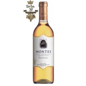 Rượu Vang Chile Montes Late Harvest Gewüztraminer Botrytised có mầu vàng nổi bật ấn tượng. Hương thơm quyến rũ