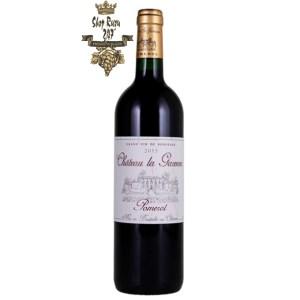Rượu Vang Đỏ Chateau La Garenne Pomerol có mầu đỏ đẹp mắt. Hương thơm là sự kết hợp của trái cây mầu đen, quả mâm xôi, hương hoa và vani