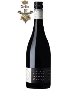 Rượu Vang Úc Đỏ John Duval Entity Shiraz có mầu đỏ tím đậm. Hương thơm lan tỏa của trái cây sẫm mầu của dâu đen và mận