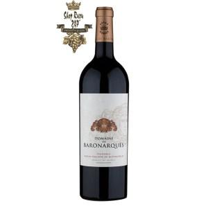 Rượu Vang Đỏ Pháp Baron Philippe de Rothschild Domaine de Baronarques Limoux có một màu đỏ garnet hấp dẫn ánh tím nổi bật. Mũi mạnh mẽ