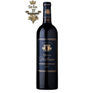 Rượu Vang Đỏ Pháp Chateau Destieux Saint Emilion Grand Cru có màu đỏ ruby đẹp mắt. Hương thơm tinh tế của hoa, thuốc lá, cà phê